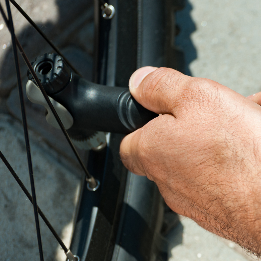 Bicyle tire filling 3