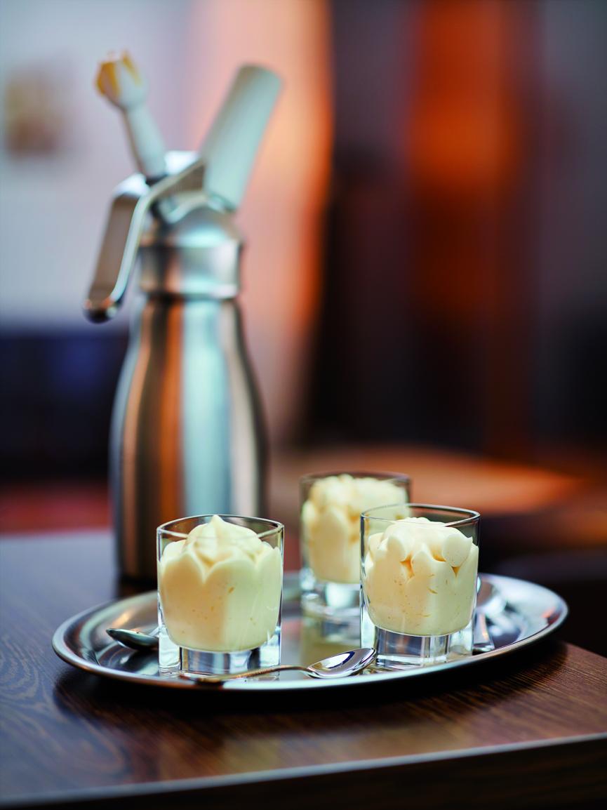 Cream Whipper Advocaat