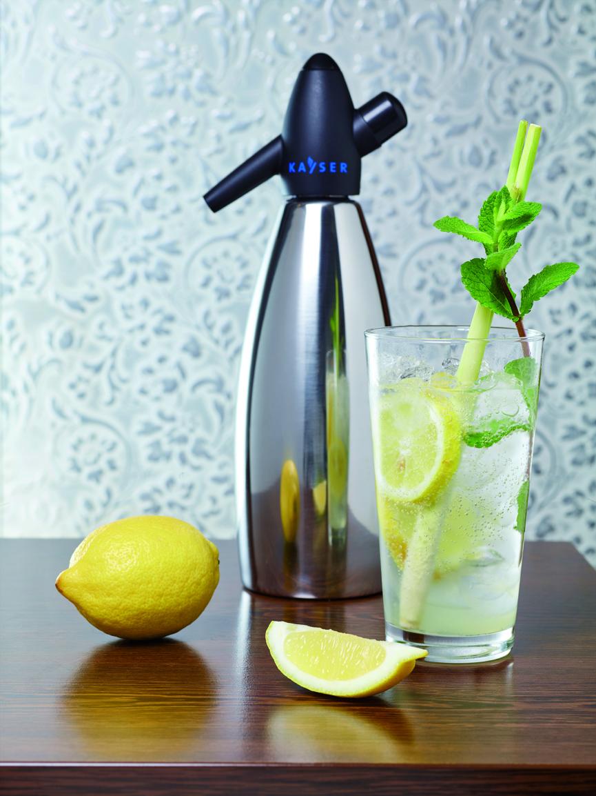 Lemonade with Mint and Lemon Grass